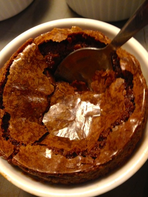 molten-with spoon