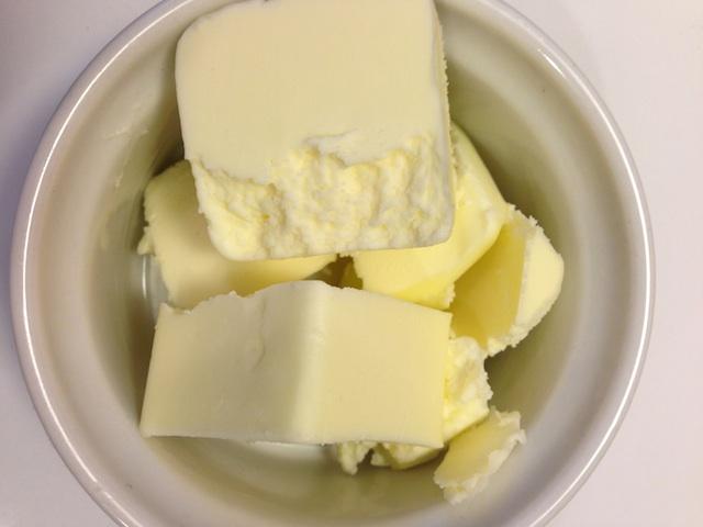 scones-butter
